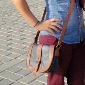 Handbags - Crossbody saddle bag
